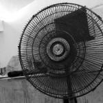 サーキュレーターと扇風機の違い!電気代や用途別の使い分け方は?